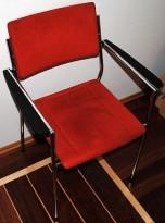 Martela konferansestol i dyprød mikrofibertrekk, pent brukt