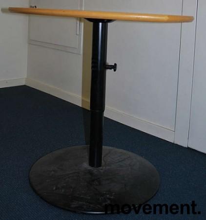 Lite avlastningsbord i bok, ca 68x57cm,pent brukt