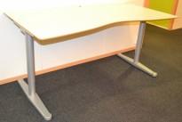 Skrivebord fra Horreds i lys grå, 160x80cm, pent brukt