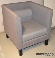 Loungestol / kubestol i grålilla/grå farge, pent brukt