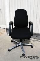 Savo 109 kontorstol, nyoverhalt og nytrukket i sort stoff, pent brukt
