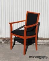 IKEA konferansestol / besøksstol med høy rygg, kirsebær / sort, pent brukt