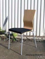 Hov Dokka konferansestol / besøksstol i bøk / sort, pent brukt