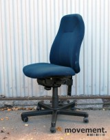 Malmsstolen ergonomisk kontorstol i mørkt blått stoff, pent brukt, KUPPVARE