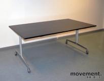 Howe sort møtebord på hjul, sort / krom, 180x100 cm, 74.5cm høyde, pent brukt