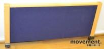 Skillevegg for kontorpult i bjerk/blått, B=81,5cm H=35cm, pent brukt
