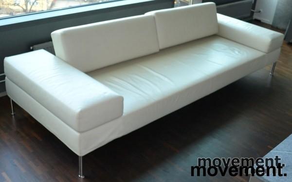 designsofa fra tacchini italia ikremhvitt skinn 270cm bredde pent brukt. Black Bedroom Furniture Sets. Home Design Ideas