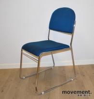 Konferansestol / stablestol i blåmelert stoff / krom, pent brukt