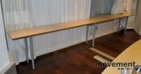 Langt avlastningsbord i bjerk, 400 (200+200) x 40 cm, 72 cm høyde, pent brukt