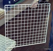 Himlingsplater med metallgitter, pulverlakkerte 60x60cm med oppheng, pent brukte
