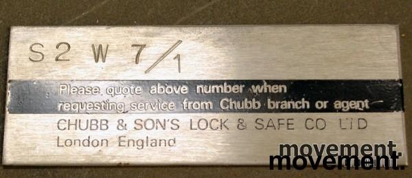 Chubbsafe S 2 W 7/1 liten safe med kodelås, åpen dør, 74 cm høyde, pent brukt bilde 4