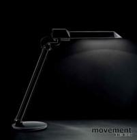 Luxit LTX-44 11Watt bordlampe med bordfot i hvitt, NY I ESKE