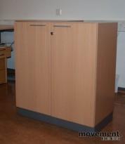 Martela Combo skap med dører i bøk / grått, 88 cm høyde, pent brukt