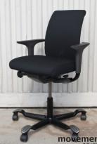 Håg H05 5300 kontorstol med swingbackarmlener, nytrukket i sort, pent brukt