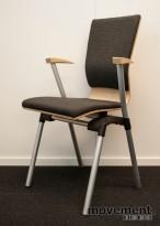 HovDokka konferansestol i bøk / gråmønstret stoff, med armlener, pent brukt
