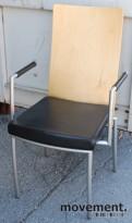 ForaForm Rex konferansestol, design: Olav Eldøy, i bjerk/sort skinn, pent brukt