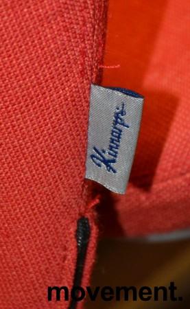 Kinnarps Plus 376 konferansestol i rødt stofftrekk, grått understell, pent brukt bilde 6
