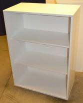 Åpen bokhylle / ringpermreol fra Horreds Danmark i hvitt, 3høyder/110cm høyde, pent brukt