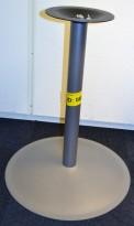 EFG Søylefot understell i grålakkert metall, 69,5cm høyde, pent brukt