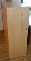 Kinnarps E-serie i bjerk, uttrekksarkiv / tårnskap / towerskap for effektiv ringpermlagring, åpning mot venstre, pent brukt