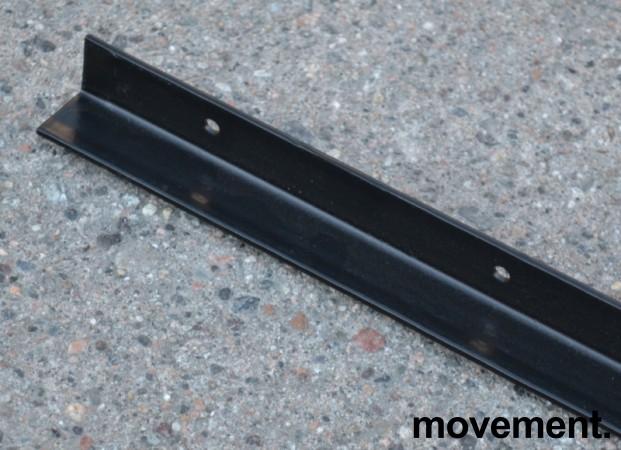 Støttestag for montering under bordplate på møtebord, 160cm lengde, forborrede hulle, NY bilde 2