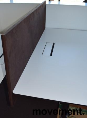 Bordskillevegg fra Edsbyn i brun mikrofiber, 180cm bredde 65cm høyde, pent brukt bilde 3