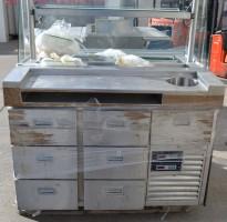 Kjøledisk / serveringsdisk med 7 skuffer, brukt