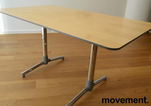 NEXT kompakt møtebord / kantinebord i bjerk fra ForaForm, 140x80cm, pent brukt bilde 2
