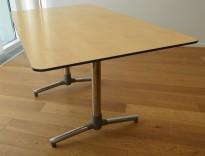 NEXT kompakt møtebord / kantinebord i bjerk fra ForaForm, 140x80cm, pent brukt