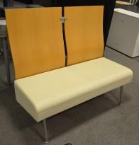 ForaForm 2seter sofabenk, Eik/Lyst skinn, Design: Tone Nærø, utstillingsmodell