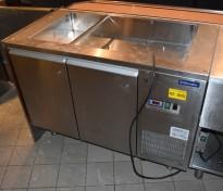 Electrolux Kjøledisk med kjølebrønn for 3 stk GN-bakker, 120cm bredde, brukt