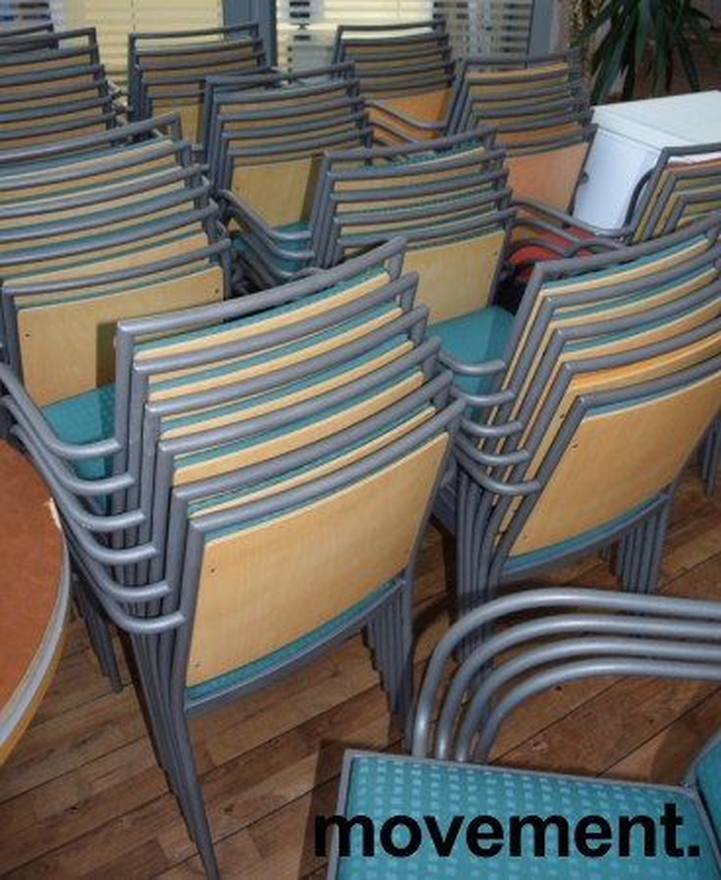 Konferansestol / møteromsstol fra Inno, modell Stack i grått / grønnmønstret stoff / bjerk, pent brukt bilde 4