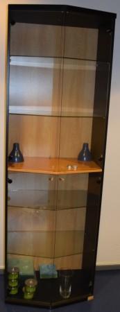 Høye skap med glassdører / vitrineskap, 218,5cm høyde, pent brukt bilde 1