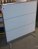 Skillevegg i grått fra Martela, modell Stacks, 120cm bredde, 128,5cm høyde, pent brukt