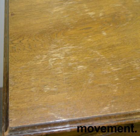 Vintage skjenk / skap med dreide ben og utskjæringer i beiset eik bilde 3