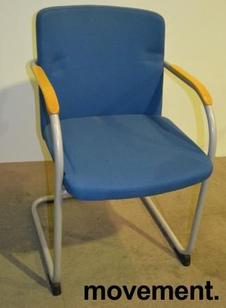 HovDokka møteromsstol / besøksstol i blågrønt stoff, pent brukt bilde 1