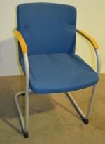 HovDokka møteromsstol / besøksstol i blågrønt stoff, pent brukt