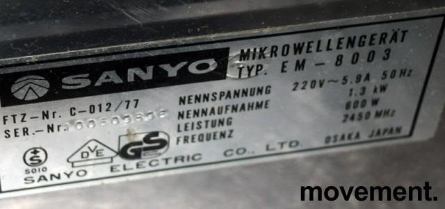 Vintage Sanyo mikrobølgeovn i god stand, pent brukt bilde 3