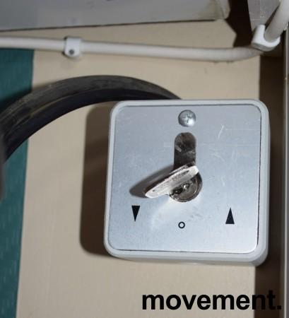 Rullegitter, elektrisk, 740cm bredde, for kantine eller bardisk, pent brukt bilde 7