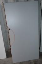 Bordplate i lys grå med magebue, 160x80cm, pent brukt