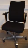Håg H05 5650 i sort stoff, brukt