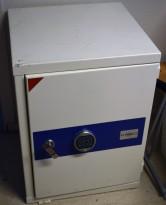 Brannsafe / sikkerhetsskap fra Habeco med kodelås, 58,5cm bredde, 77cm høyde, pent brukt