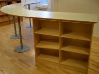 Stort, buet ståbord, møbel for sosial sone / ståmøter, pent brukt