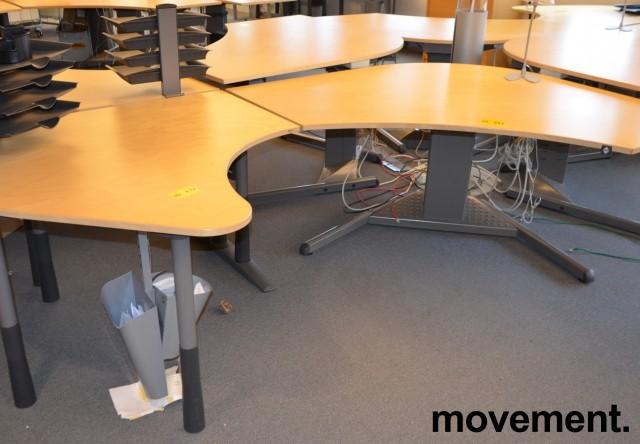 Avlastningsbord tillegg til skrivebordfra Kinnarps i bjerk, 120x120cm, pent brukt