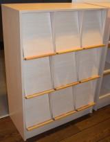 Brosjyrehylle i bjerk med 9 luker, PrimaOffice, 83cm b x 114,5cm h, pent brukt