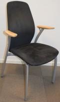Møteromsstol/besøksstol fra Kinnarps, mod Plus 362/375 i grått / grå comfort / bøk, 4ben pent brukt