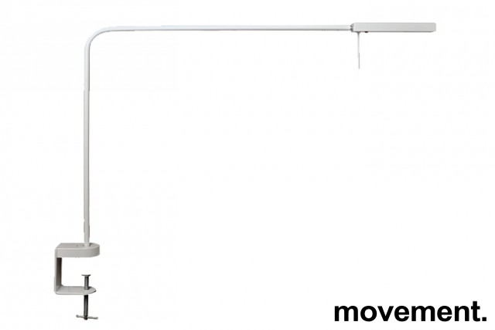 Luxo Ninety i hvitt med bordfeste, LED-belysning til skrivebordet, lekker designlampe, pent brukt