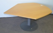 Avlastningsbord / sidebord til skrivebord fra Kinnarps, manuell hevsenk / gasslift, plate i bøk, pent brukt