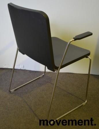 Skandiform Pompidoo stablestol / konferansestol med armlene i sort, pent brukt bilde 3