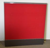Kinnarps Zonit skillevegg i rødt stoff, høyde 110cm, bredde 100cm, pent brukt